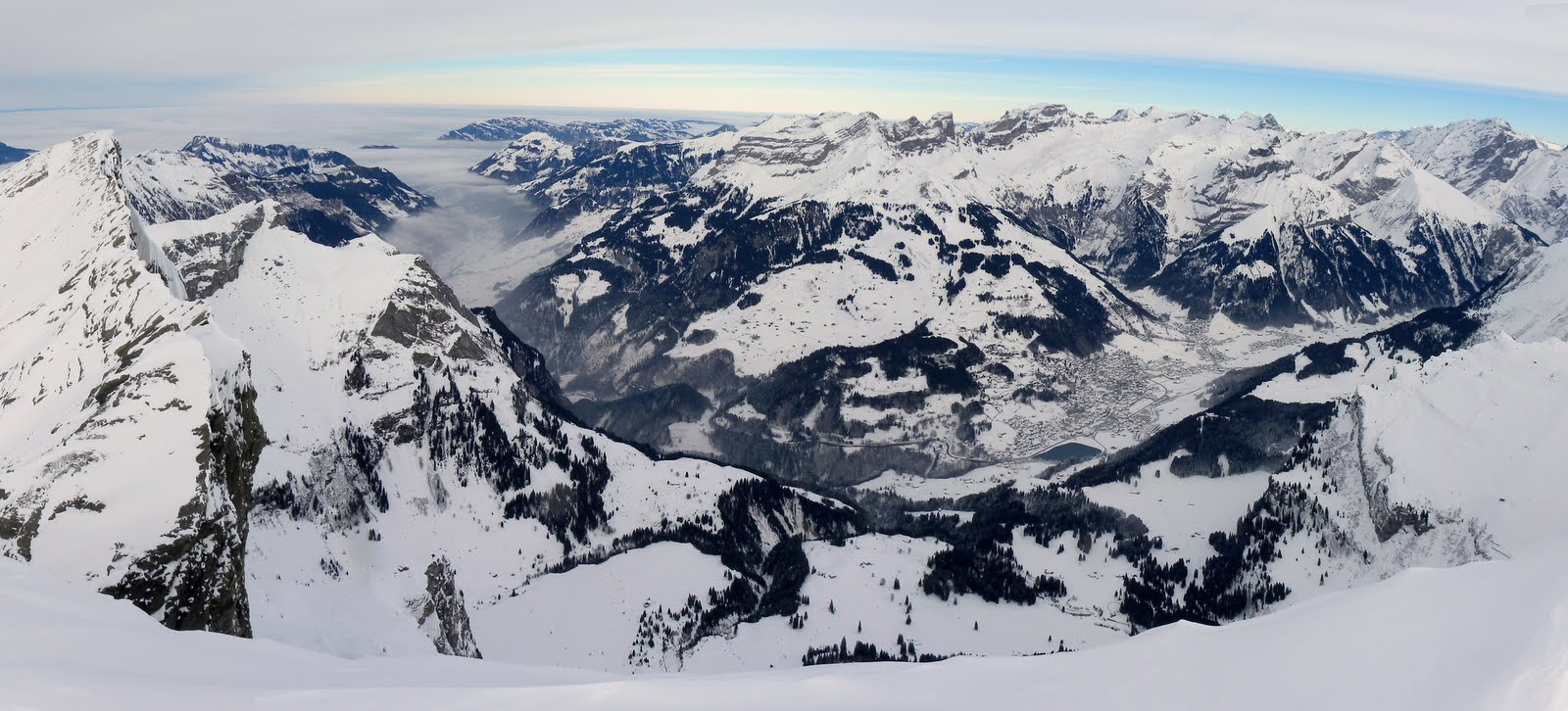Rotsandnollen ski tour summit panorama