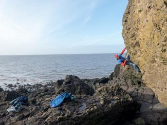 Pier to Peer, bouldering Ladye Bay, Clevedon